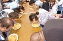 Altona Beach Festival – Numero Uno Spaghetti Eating Contest
